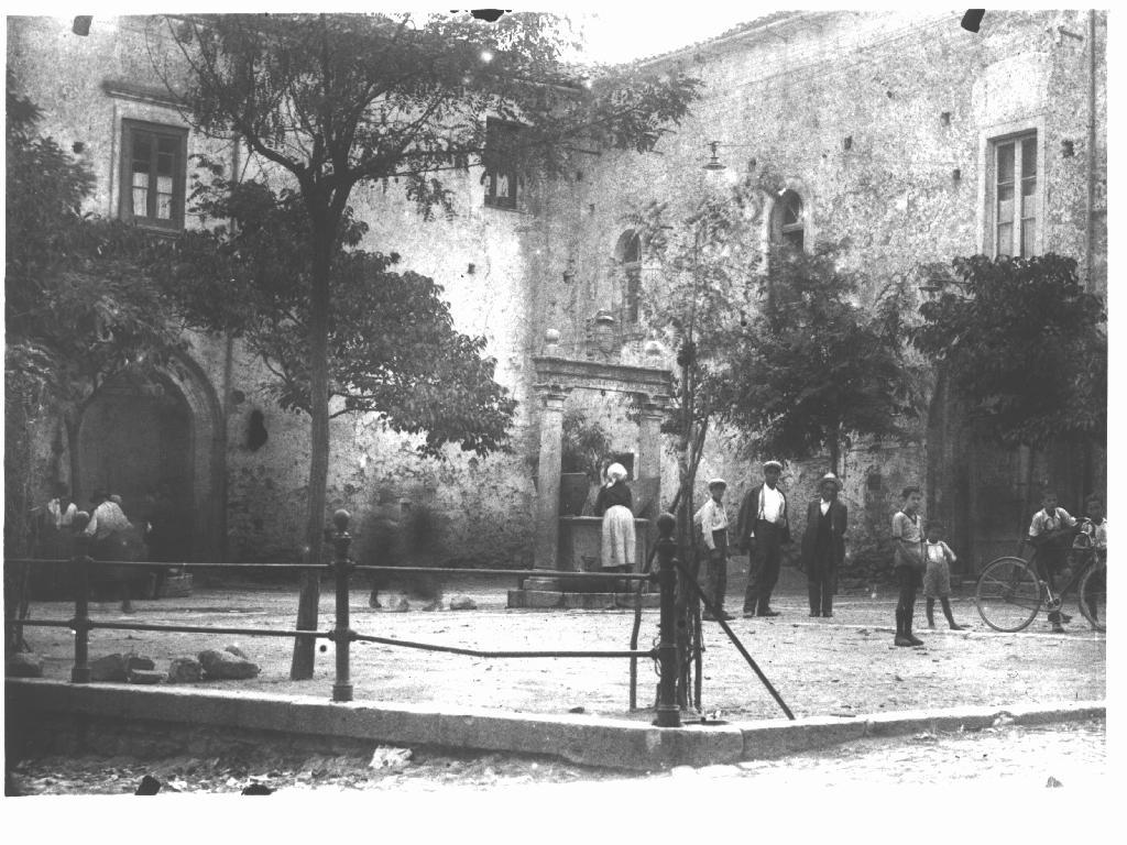 Piazza Vescovile - Tricarico